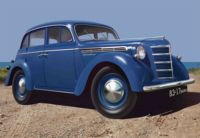 007-435479 1/35 Moskvitch-401-420 Saloon